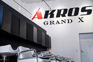 AKROS GRAND X